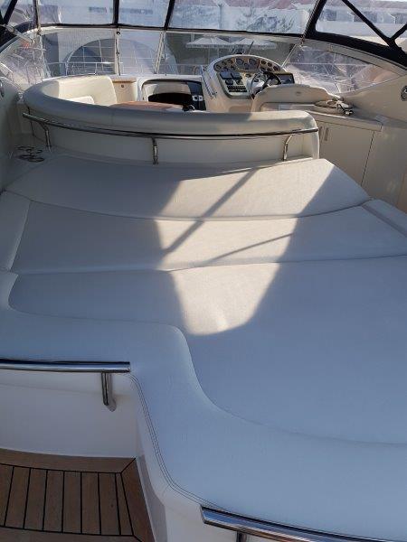 Sessa Oyster 42 cockpit sunbeds